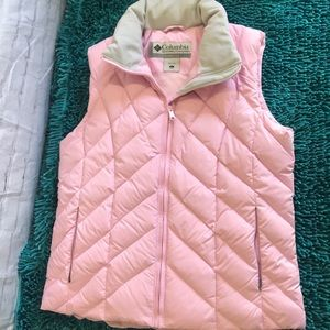 Columbia vertex large pink puffer vest